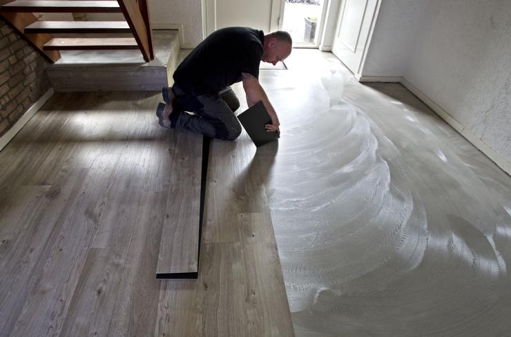 De opmars pvc vloeren is niet te stuiten vinyl vloerbekleding